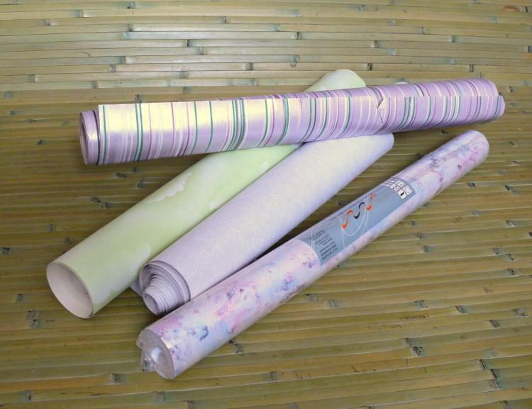 Бумажные обои в рулонах