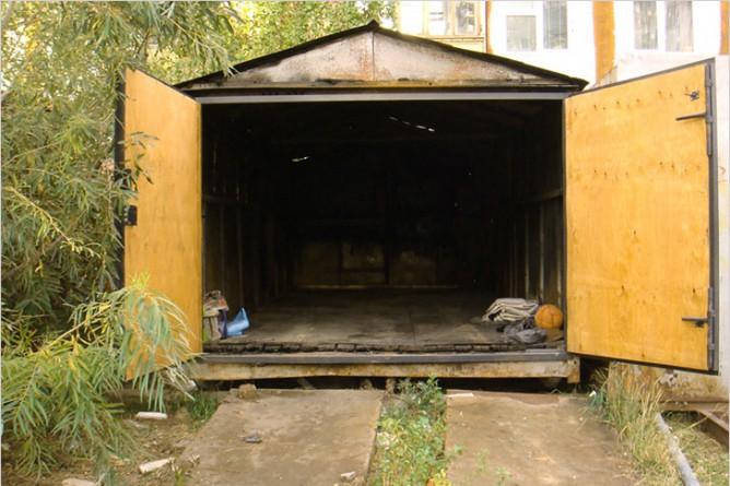 Чем обшить металлический гараж изнутри