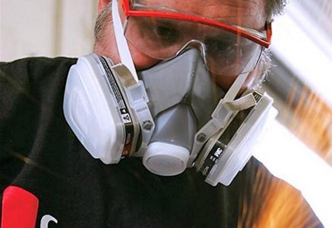 Полнолицевые маски панорамные защитные и маски-противогазы Обзор модели МАГ-2 и других Как выбрать маску для лица от пыли и для покраски