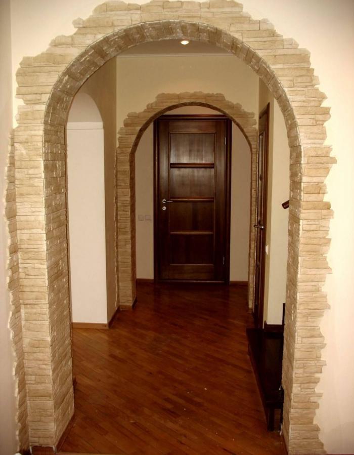 Отделка искусственным камнем фото арки