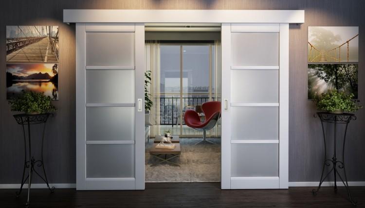 Дверь-купе в комнате