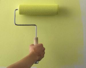 Окраска стен по шпатлевке