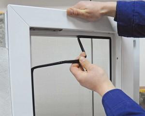Замена уплотнителя в окнах ПВХ